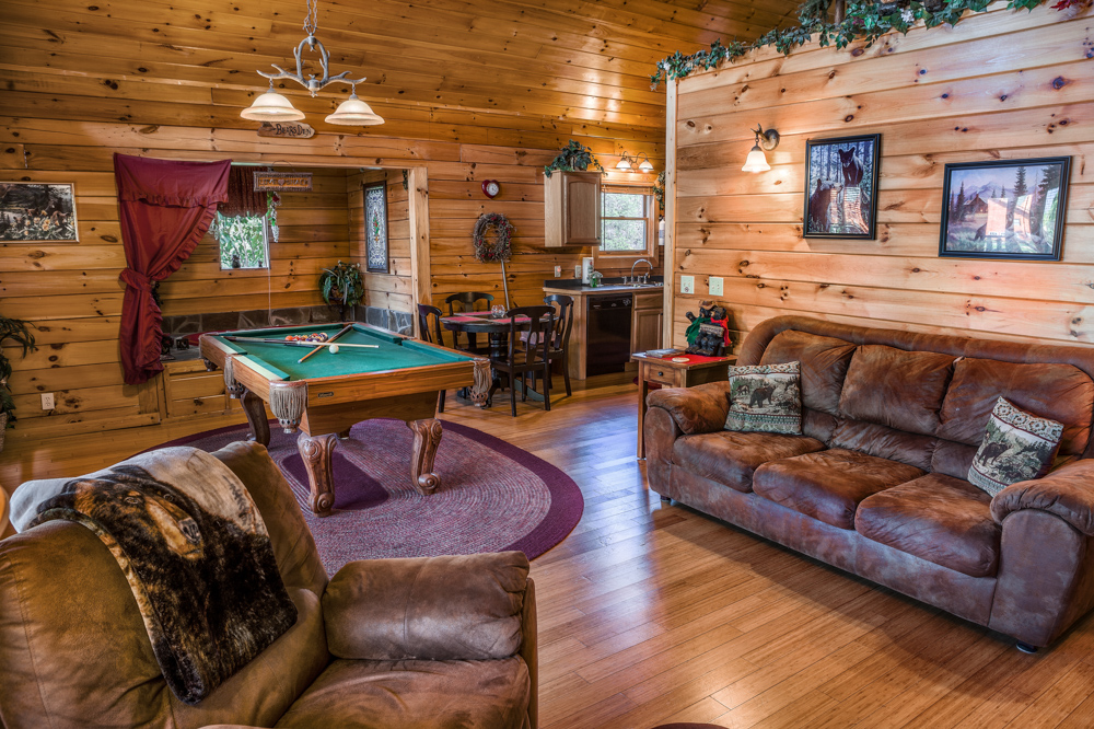 Swim N Bear Cheap Cabins In Pigeon Forge Tn No Booking